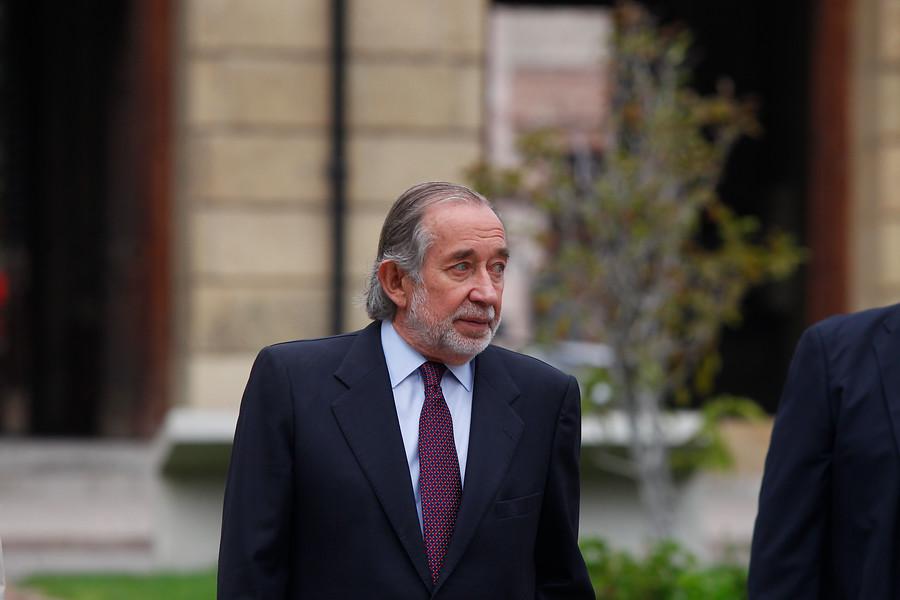 """""""Ministerio de Justicia reconoce cita entre Larraín y Jovino Novoa no registrada por Ley de Lobby"""""""