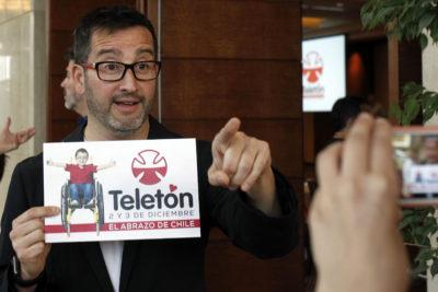 """""""No me calza…"""": Eduardo Fuentes arremete otra vez contra los canales de TV por problemas en Gira Teletón"""