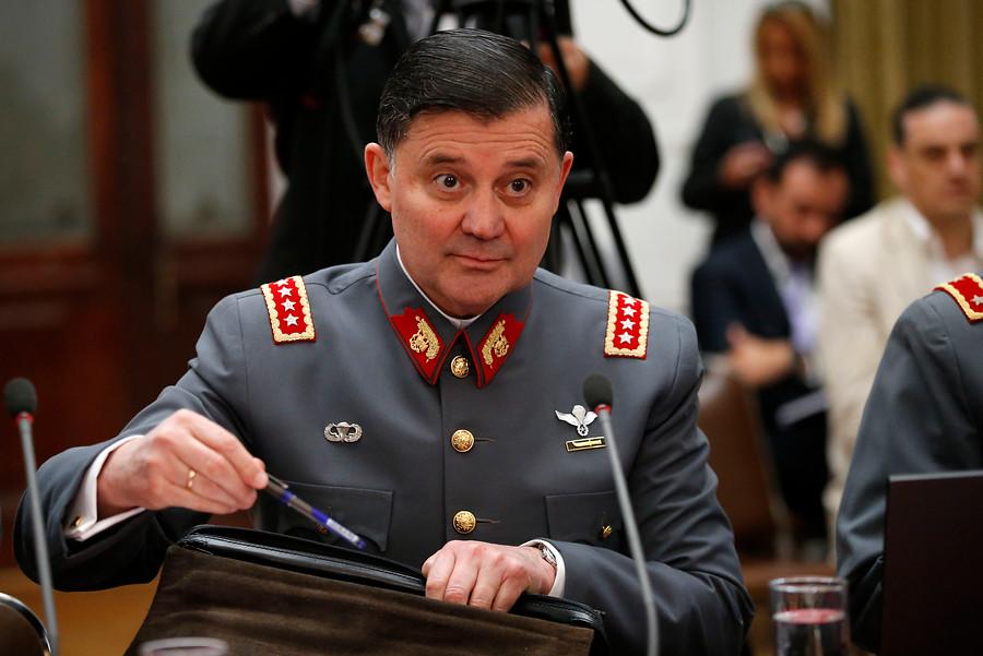 """""""Comandante en jefe del Ejército reconoce que oficiales venden armas a bandas de narcotraficantes"""""""
