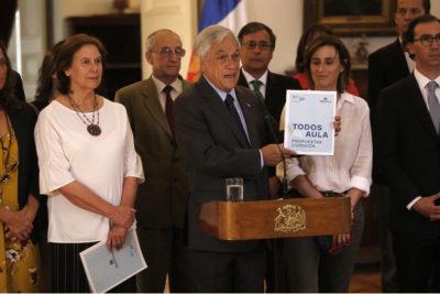 Todos al Aula: Piñera recibió propuestas de comisión que dirigió Mariana Aylwin