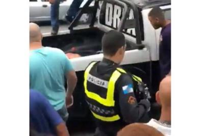 """Policía brasilero abate a tiros a delincuente y testigos celebran a gritos: """"¡Viva Bolsonaro!"""""""