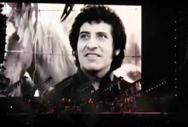 El homenaje de Roger Waters a Víctor Jara en el Estadio Nacional