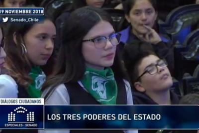 La alumna del Liceo 7 que le causó un desencuentro político al ministro Larraín por caso Catrillanca