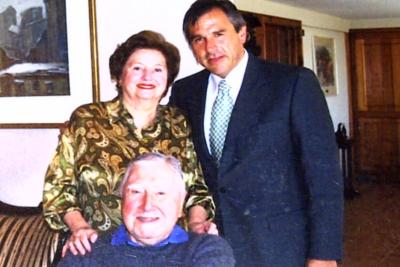 """""""Aunque le duela a la izquierda"""": el saludo cumpleañero de Moreira al dictador Pinochet"""
