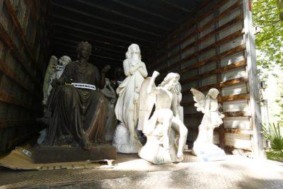 Ministerio de Culturas se querellará por esculturas encontradas en fundo de San Francisco de Mostazal