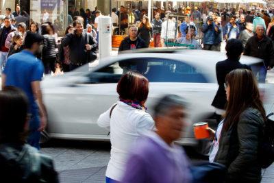 Remuneraciones aumentaron 4,5% en un año según el INE