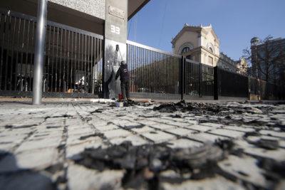 """Ministra Cubillos culpa a las """"movilizaciones y la violencia"""" por baja de postulaciones al Instituto Nacional"""