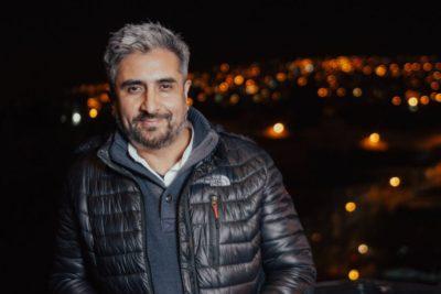 """""""Alcalde nocturno"""" de Valparaíso renuncia tras acusaciones de venta ilegal de patentes"""