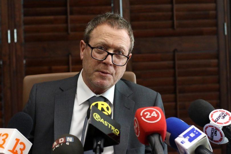 Defensa de Juan Emilio Cheyre anuncia que apelará a condena