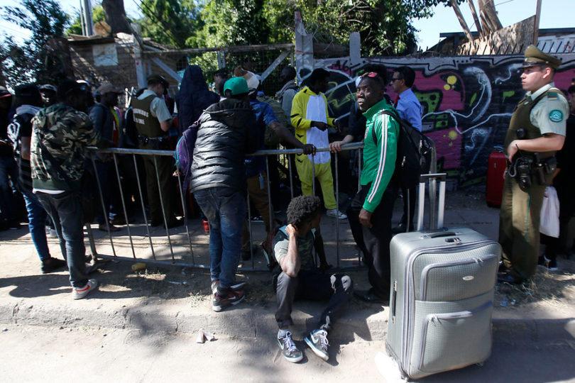 """Gobierno aclara supuesto mensaje de Extranjería vía WhatsApp a inmigrantes: """"Intento de aprovechamiento"""""""