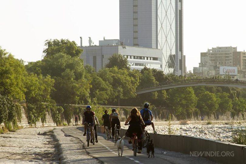 Colectivo de ciclistas reclama a Intendencia por incumplido proyecto de Mapocho pedaleable