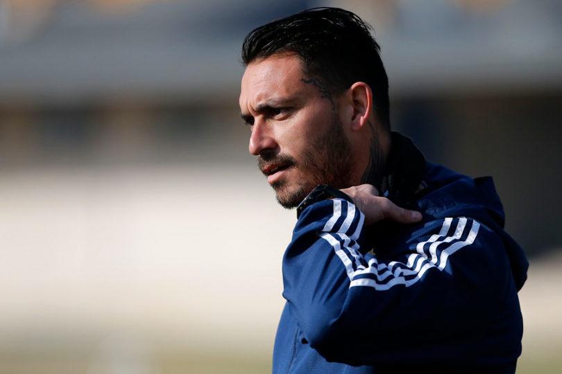 Azul Azul lo pasa mal con Pinilla: ANFP confirma que el jugador sigue inscrito en Universidad de Chile
