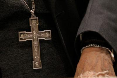 Ex obispo Cox vendrá a Chile a enfrentar a la justicia en enero próximo