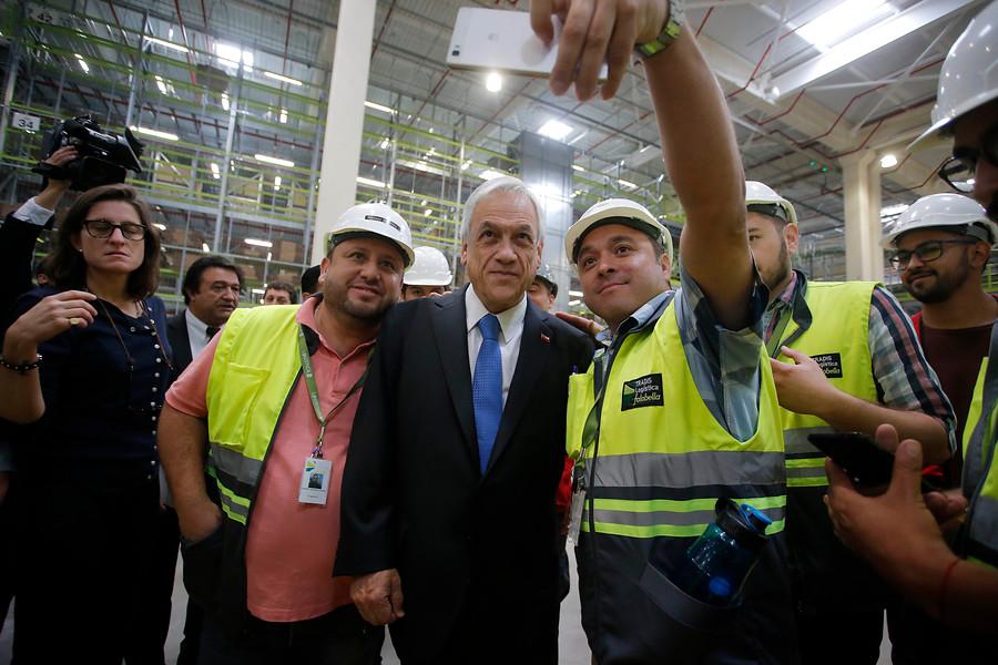 """Piñera: """"La economía chilena está en marcha y está recuperando el tiempo perdido"""""""