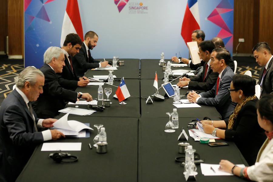 Presidente Piñera sostiene reuniones con líderes de Singapur e Indonesia