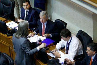 Senado inició discusión del Presupuesto en sesión marcada por caso Catrillanca