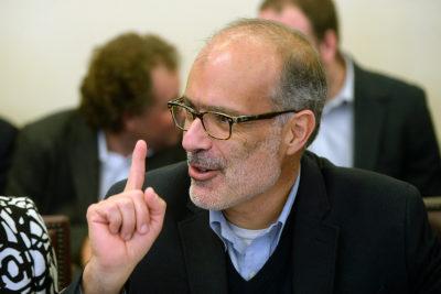 Ex ministro Valdés explica qué hubiese pasado en el Gobierno de Bachelet si anunciaban reforma a las AFP como la de Piñera