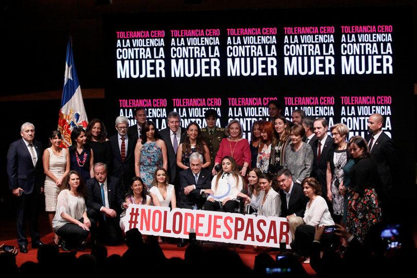 """Gobierno lanza plan """"Tolerancia cero a la violencia contra la mujer"""""""
