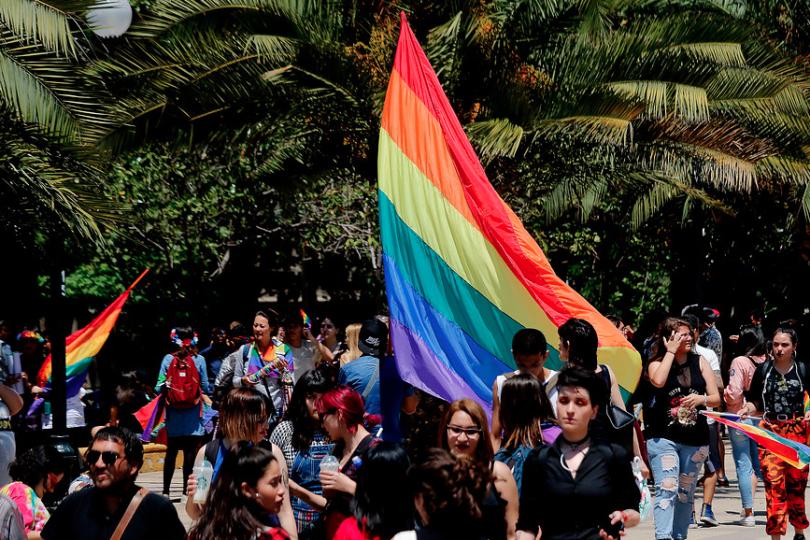 Masiva marcha por matrimonio igualitario y adopción homoparental se tomó la Alameda