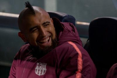 Vidal fue suplente en empate del Barça por el cierre de fase grupal de Champions