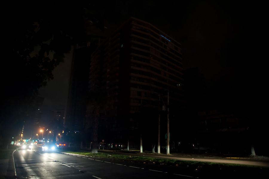 """""""Apagón masivo en La Araucanía, Los Ríos y Los Lagos por tormenta eléctrica"""""""