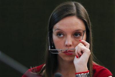 """""""Después la izquierda habla de DD.HH."""": Camila Flores llama a repudiar invitación de embajador de Maduro a la Cuenta Pública"""