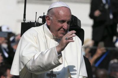 """Papa sincera su preocupación por posible """"derramamiento de sangre"""" en Venezuela"""