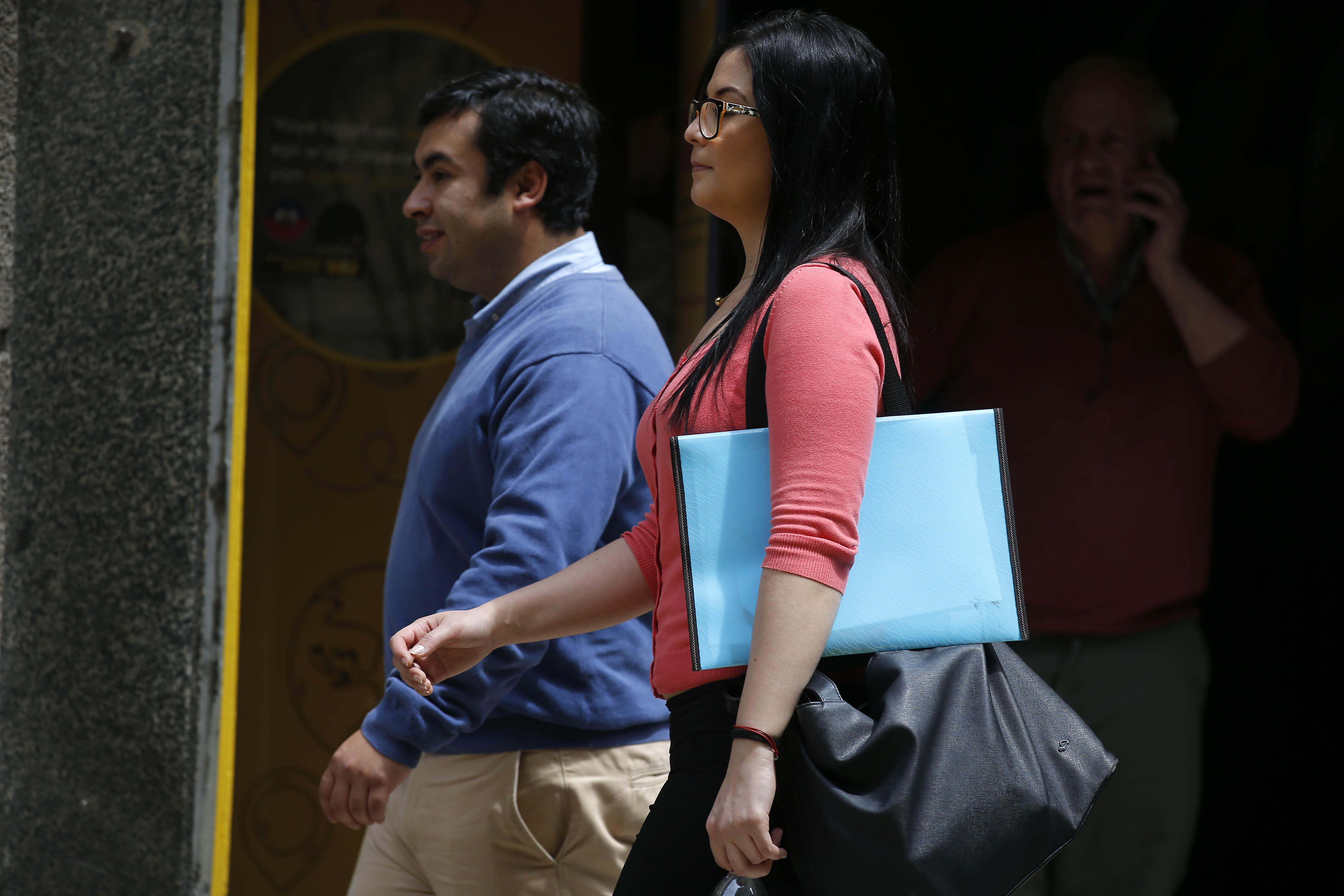 El 72% de los chilenos cree que es más ventajoso ser hombre