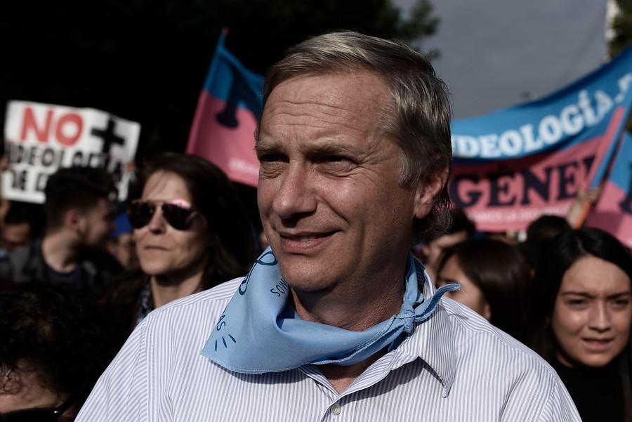 """José Antonio Kast acusó a panelista de T13 Radio de tratarlo de """"homófobico, racista y xenófobo"""""""