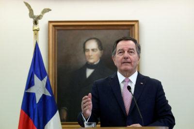 """Canciller Ampuero oficializa postura: """"Hemos decidido abstenernos de votar el Pacto Migratorio"""""""