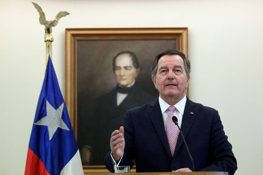 Ampuero confirma que no firmará Pacto Migratorio