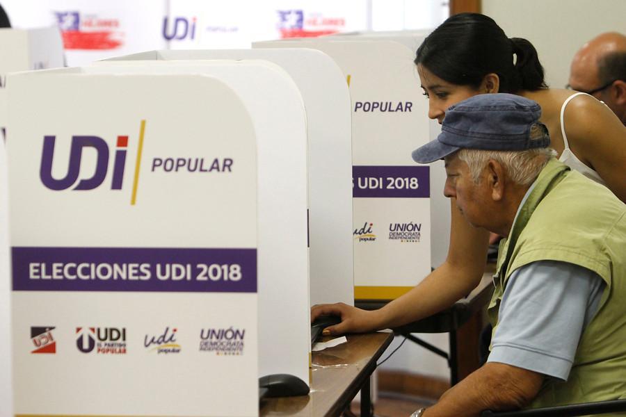 A la antigua: UDI anuncia nuevas elecciones internas con papel y lápiz