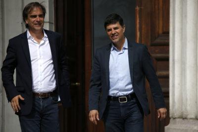Marcelo Díaz y Luciano Cruz-Coke piden que rostros y directivos de TVN rebajen sus sueldos