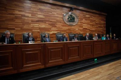 Chile Vamos celebra: TC declara inconstitucional reglamento de objeción de conciencia por aborto