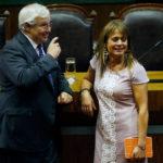 """Van Rysselberghe se cuadra con Urrutia y califica de """"falta de respeto"""" iniciar interpelación en Mapudungún"""