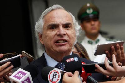 """Ministro Chadwick defiende el pinochetismo en Chile Vamos: """"Es parte de la diversidad que debe ser respetada"""""""