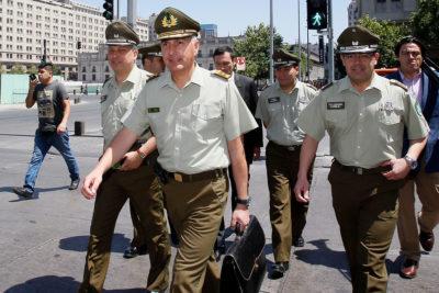 Listo el nuevo alto mando de Carabineros: otros 5 generales pasaron a retiro