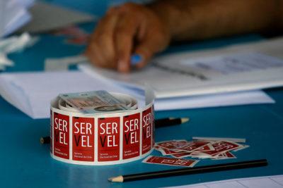 Servel rechaza balances contables de Evópoli y el PC y retiene los aportes fiscales