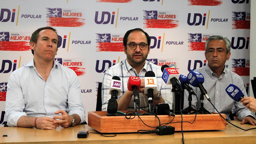 Suspenden elecciones internas de la UDI por problemas con voto electrónico