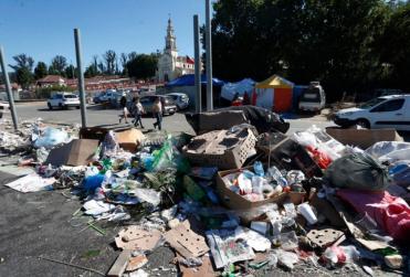 FOTOS   35 toneladas de basura dejan devotos de Lo Vásquez tras peregrinación