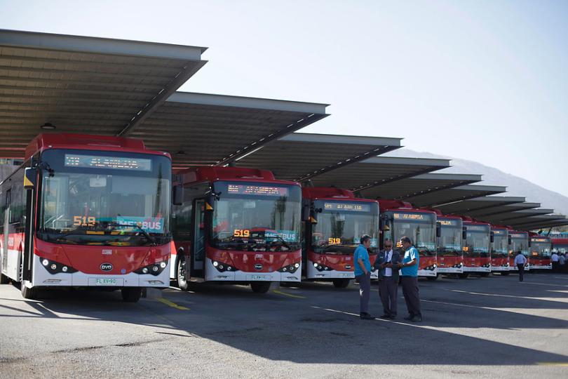 Hoy comenzó primer recorrido de buses eléctricos del Transantiago
