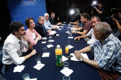 """Gobierno y finalización del paro portuario: """"Abrir las puertas del diálogo es la única forma de resolver los conflictos"""""""