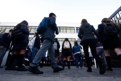 Mejora calidad de la educación, pero se mantiene brecha social en los resultados