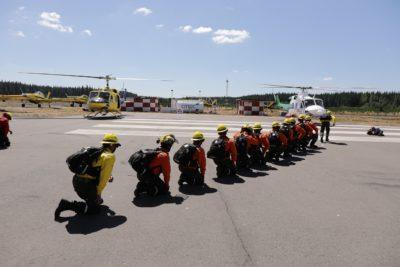 Más de mil personas se dedicarán al combate de incendios forestales desde la Región del Maule hasta La Araucanía