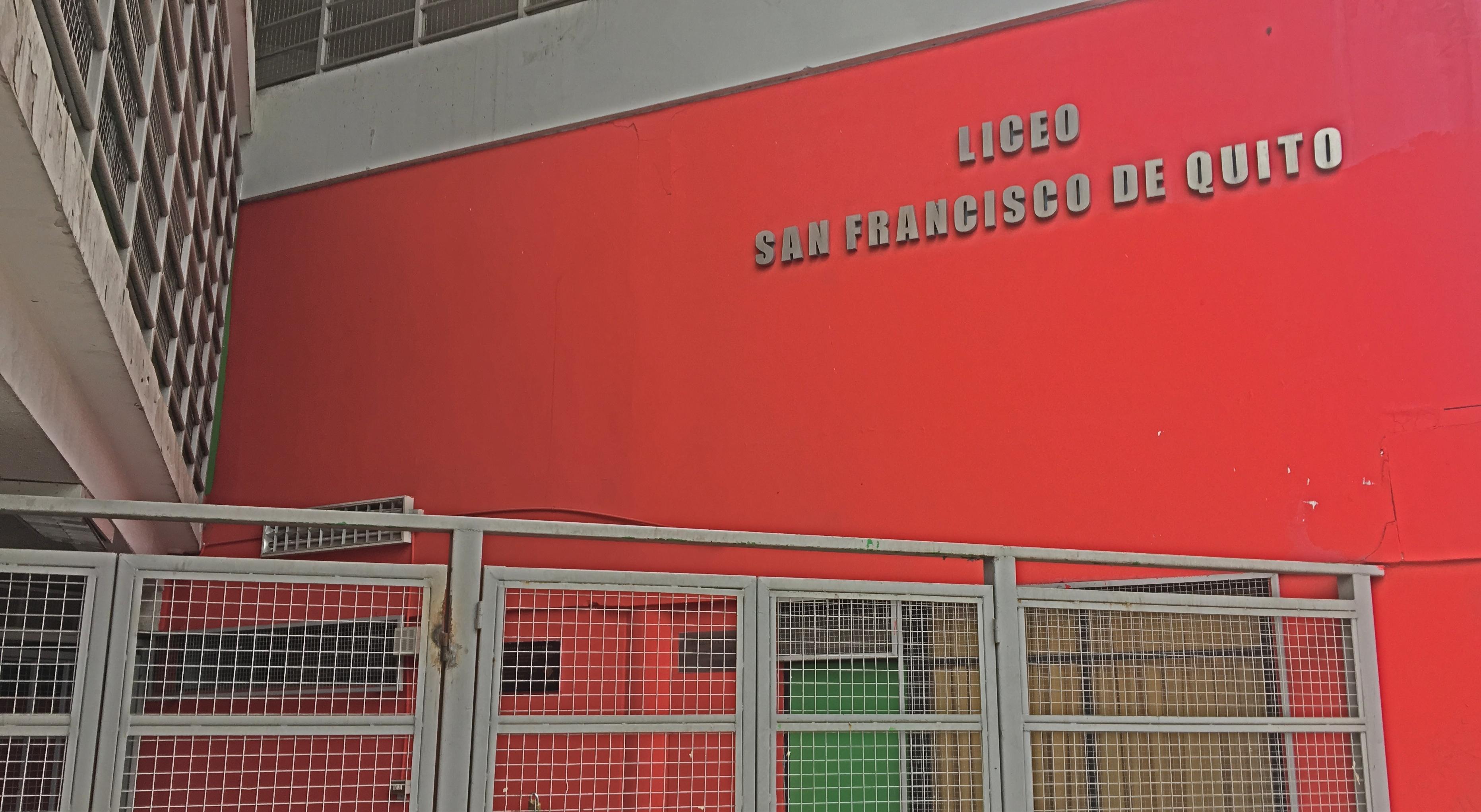 El colegio de Independencia donde alumnos rechazaron leer a Pedro Lemebel