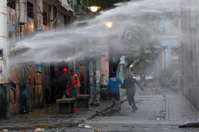 Interior expresa preocupación: violentos incidentes marcan nuevo día de paro portuarios