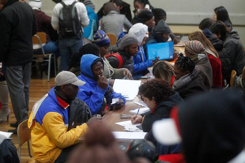 Chilenos sobrestiman el real número de inmigrantes que existe en nuestro país
