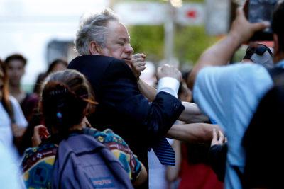 Presidente del Tribunal Constitucional es agredido por manifestantes