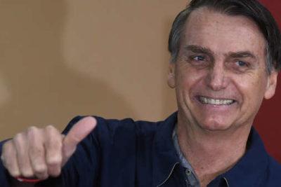 Bolsonaro anunció aumento del sueldo mínimo y reforma al sistema de pensiones
