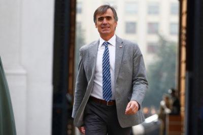 Ministro Valente celebra alza de 25% en inversión extranjera